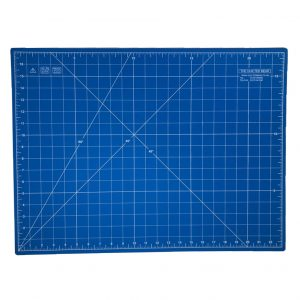 Quilted Bear 24″ x 18″ 5 Layer Self Healing Cutting Mat – Blue